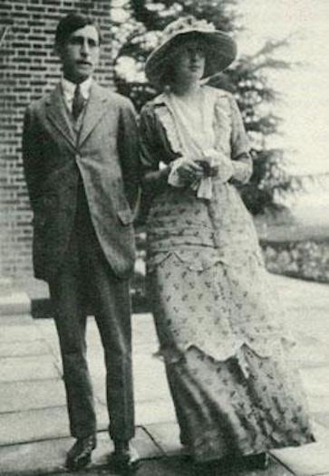 Virginia and Leonard on their wedding day: 23 July 1912