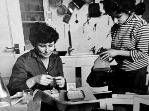 Doris Lessing and Jenny Diski in 1963